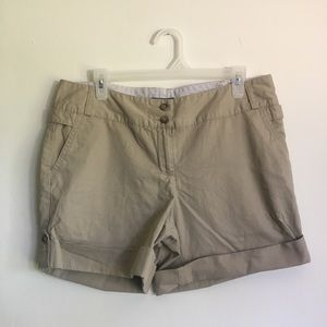 Women's Tan Cuff Shorts